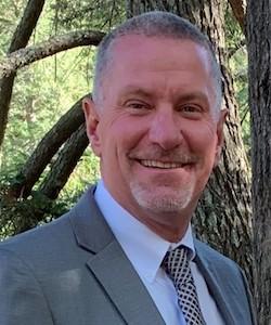Headshot of new Elizabethtown Community Hospital president, Bob Ortmyer