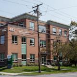 Front entrance photo of UVM Medical Center's Ophthalmology center on Shelburne Road.